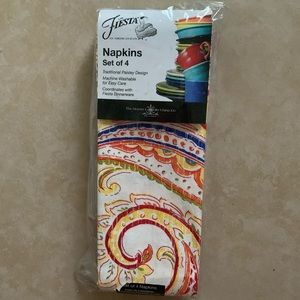 "Fiesta Dining - Fiesta set of 4 square napkins 19 x 19"" NIP"